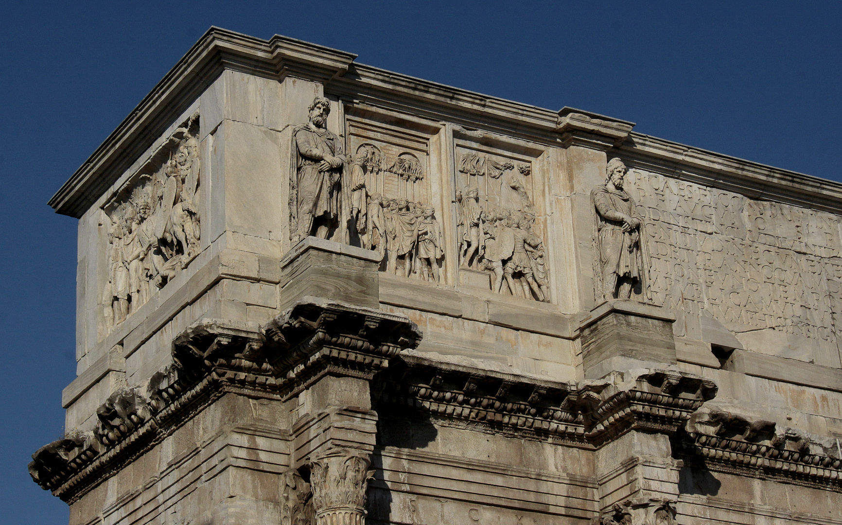 Konstantins-Bogen [ links ]