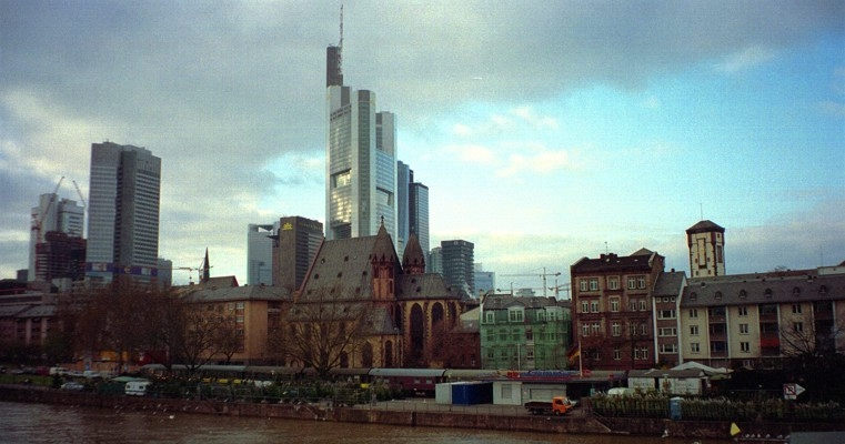 Kontrast in Frankfurt