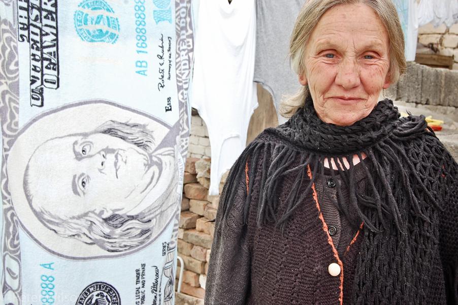 Korçe_Woman with washing