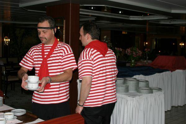 Kostümfest auf dem Schiff