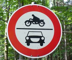 Kraftfahrzeuge verboten! - Alt