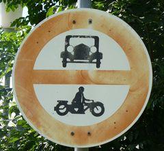 Kraftfahrzeuge verboten! - Uralt