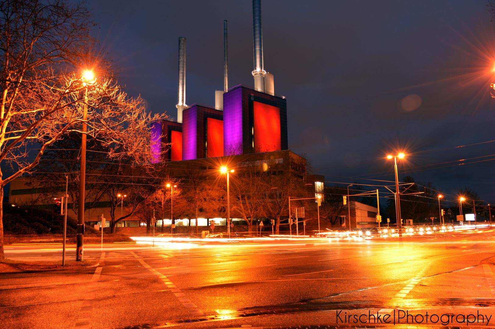 Kraftwerk Hannover-Linden bei Nacht