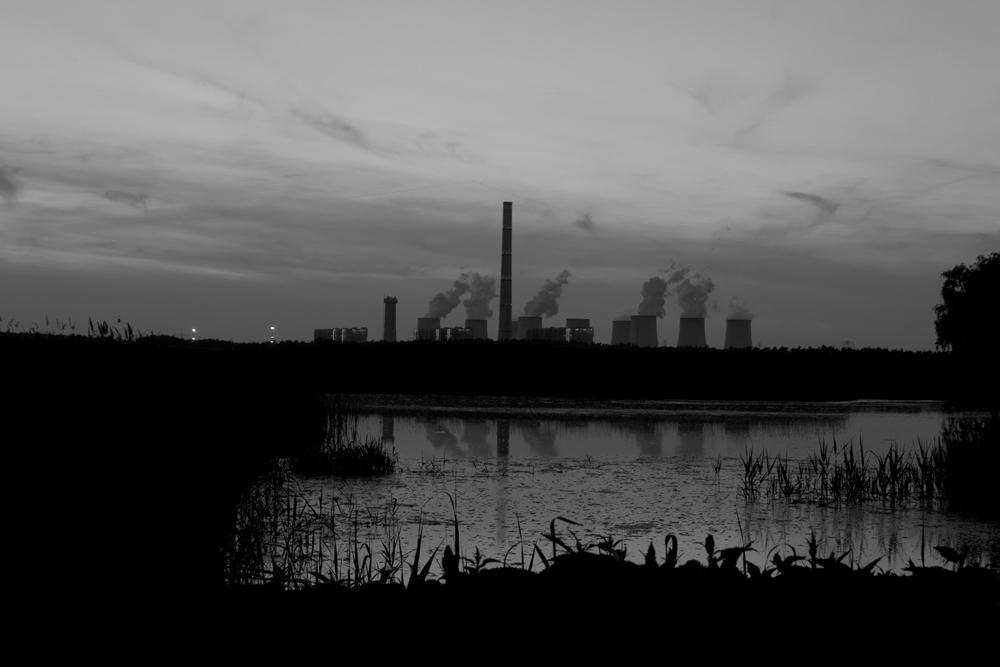 Kraftwerk Jänschwalde an einem lauen Frühlingsabend