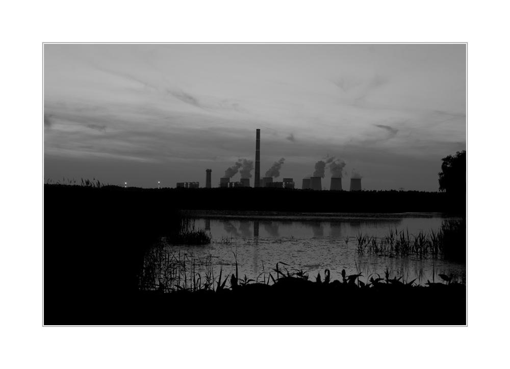 Kraftwerk Jänschwalde an einem lauen Frühlingsabend²