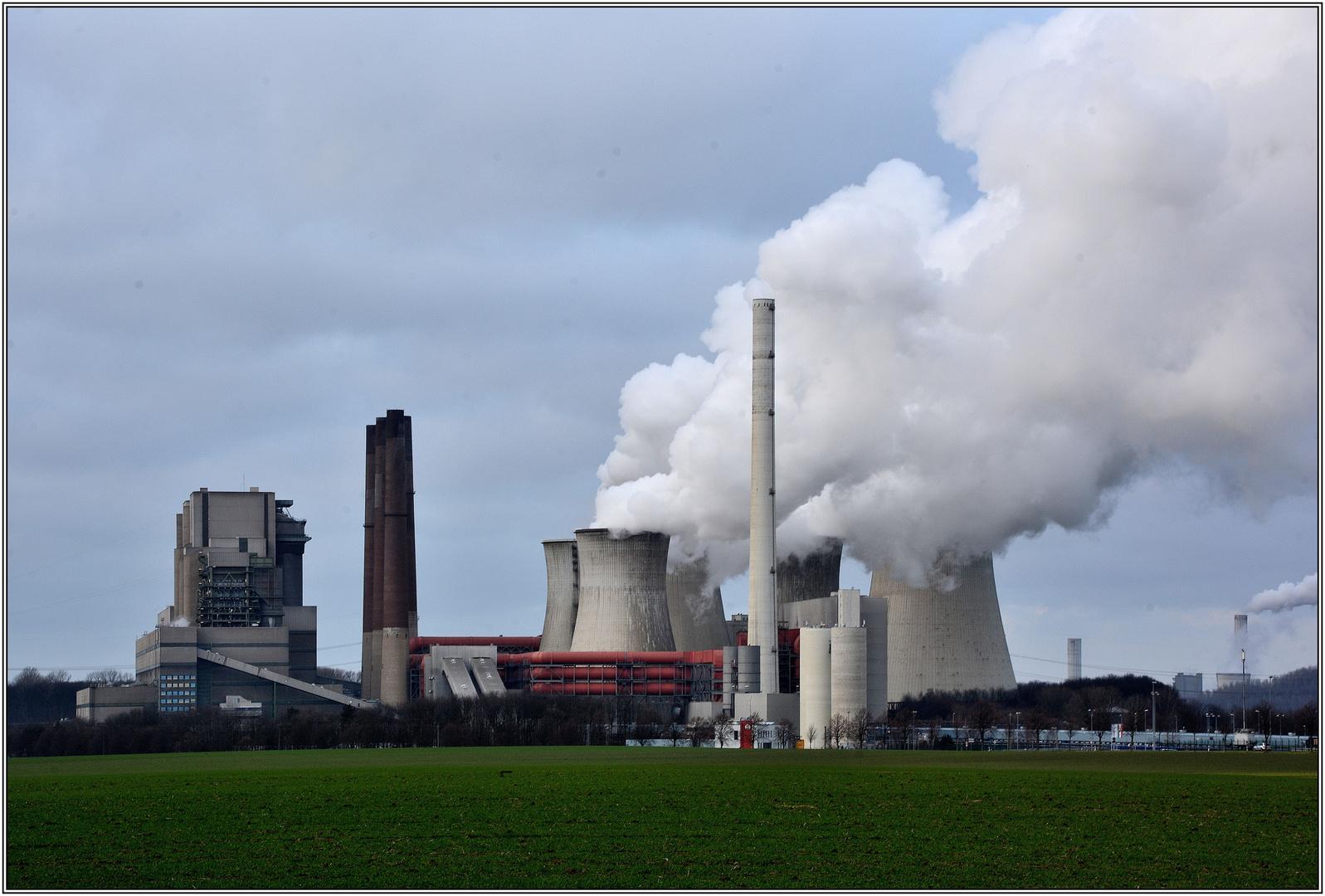 Kraftwerk Niederaußem (1)