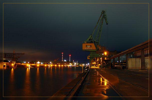 Kran im Hafen Karlsruhe