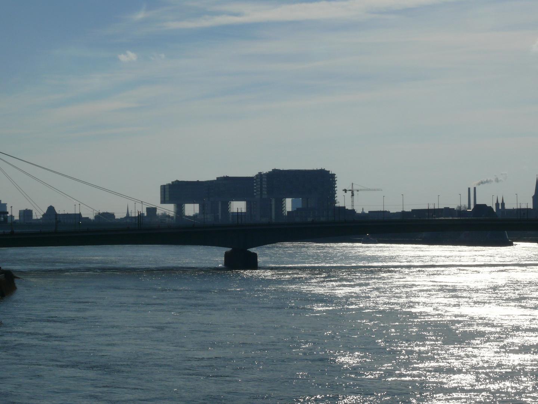 kranhäüser am Rheinauhafen in Köln