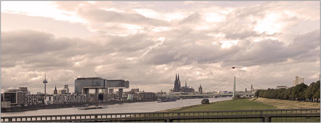 Kranhäuser - Dom - Panorama [2]