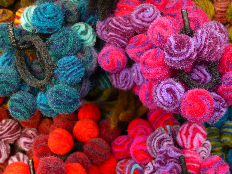 Kreationen -flauschige Pompons-