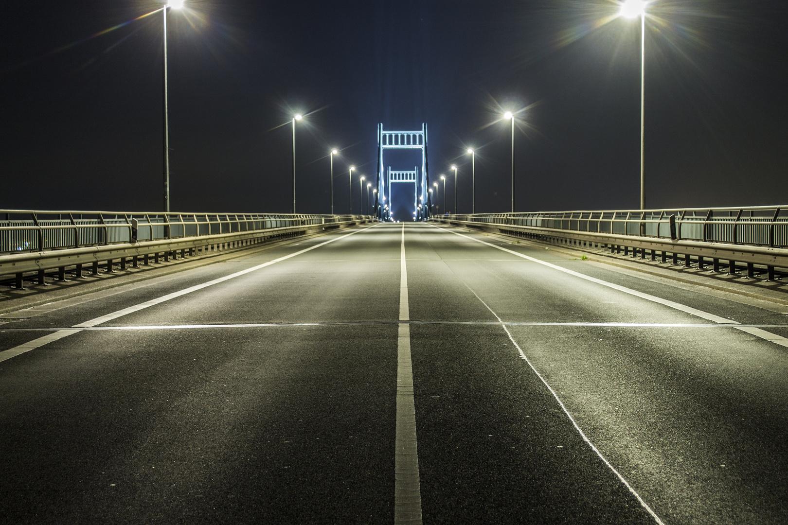 Krefeld-Uerdinger Brücke at Night