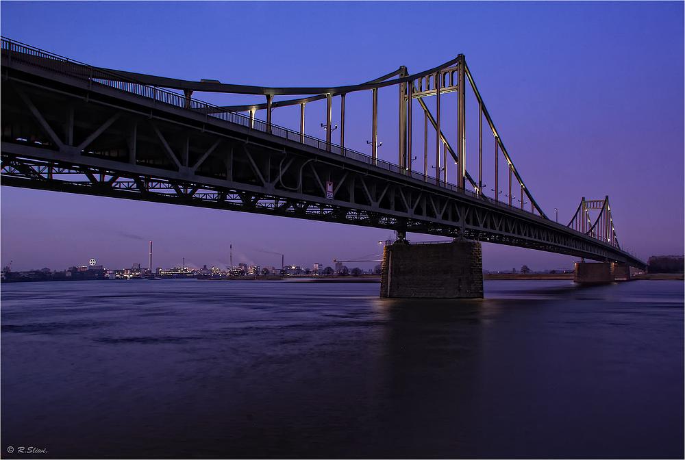 Krefelder Brücke 4