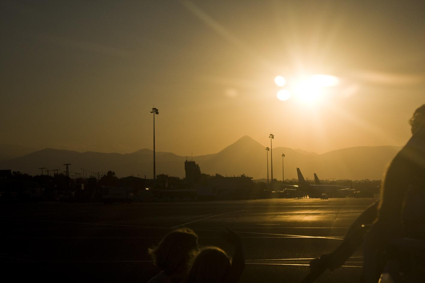 Kreta 2010 ~Sonnenuntergang am Flughafen~
