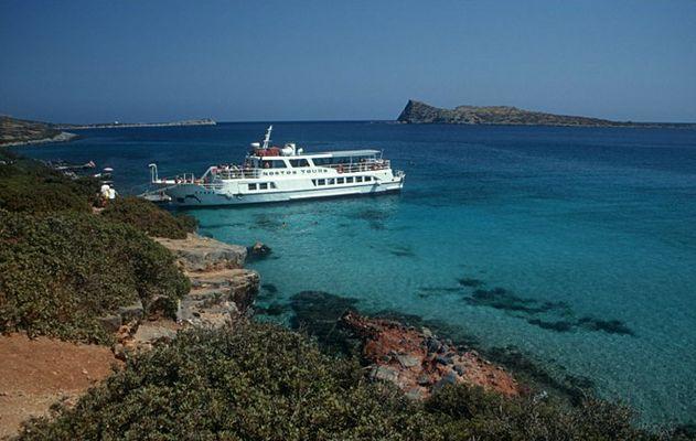 Kreta * *