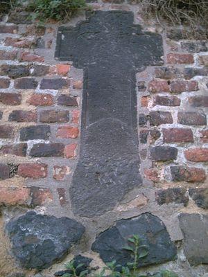 Kreuz in Wand