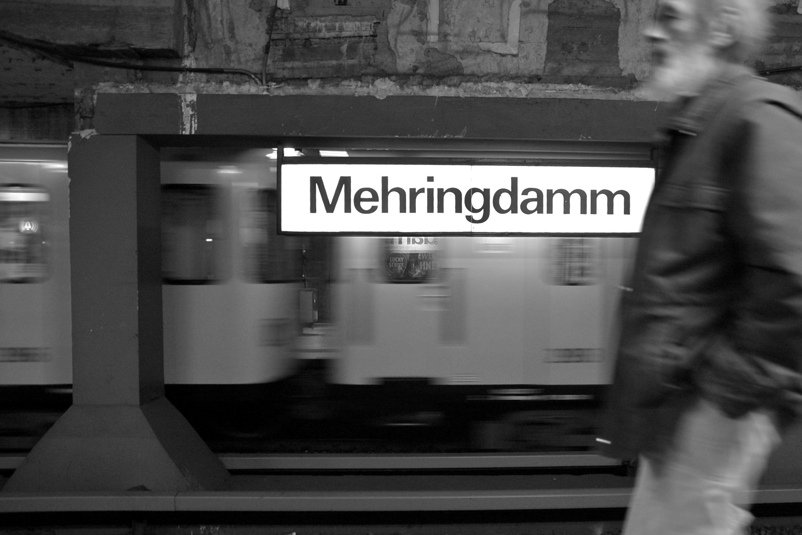 Kreuzberg U-Bahnhof Mehringdamm