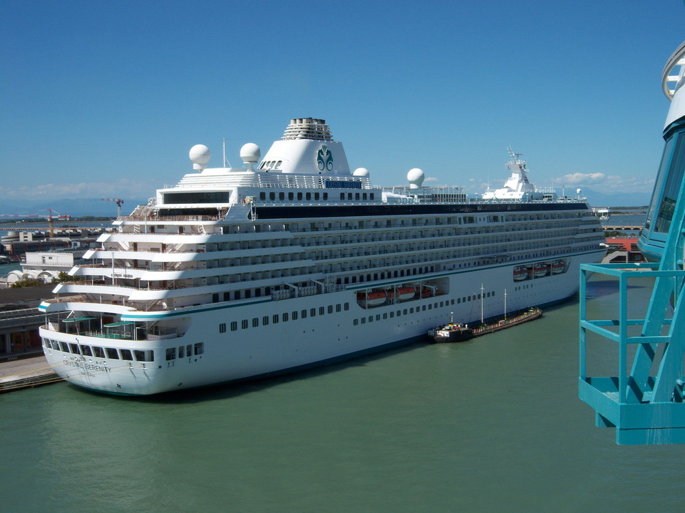 Kreuzfahrtschiff Crystal Serenity von Crystal Cruises