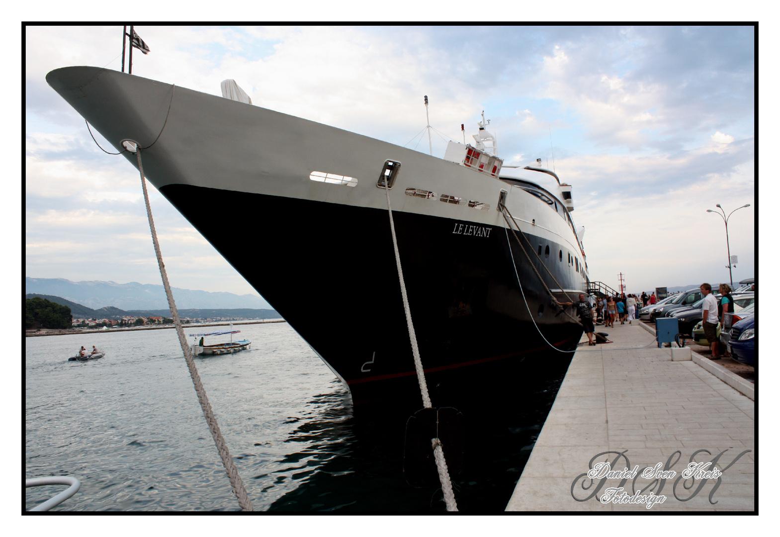 Kreuzfahrtschiff2