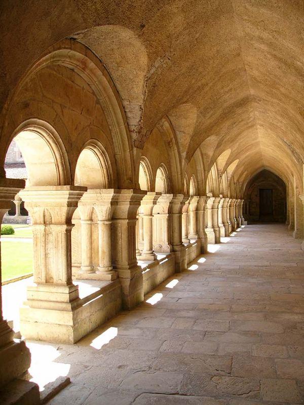Kreuzgang Abbaye Fontenay