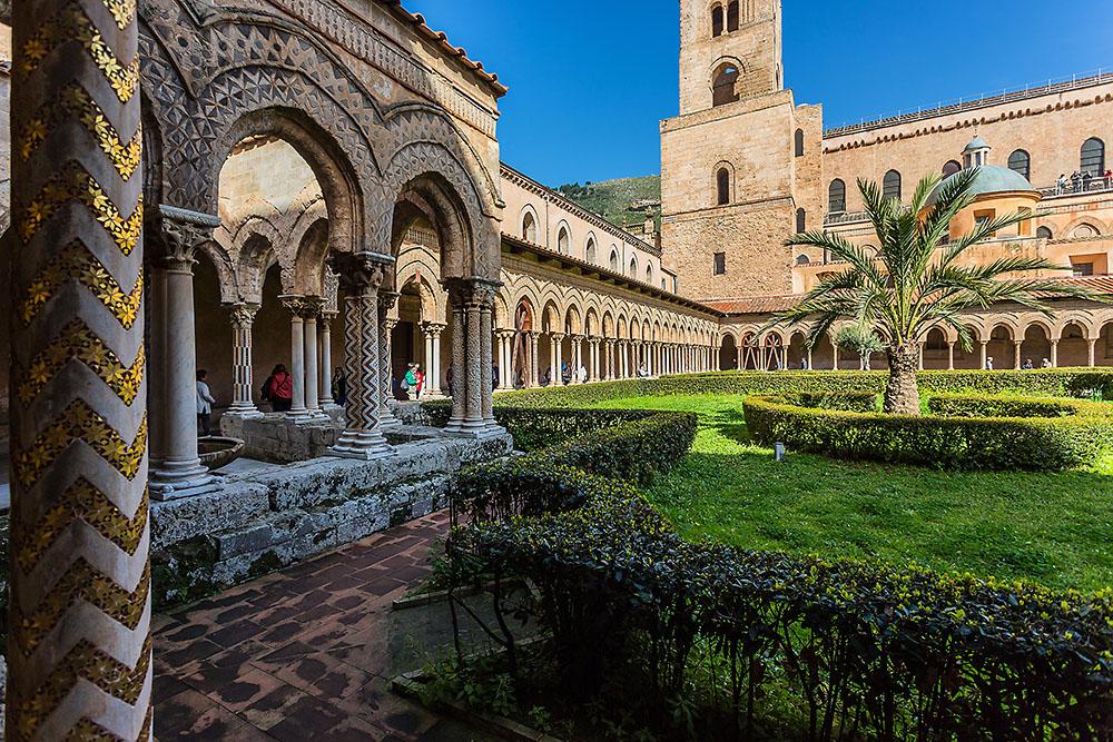 Kreuzgang an der Kathedrale Santa Maria Nuova in Monreale