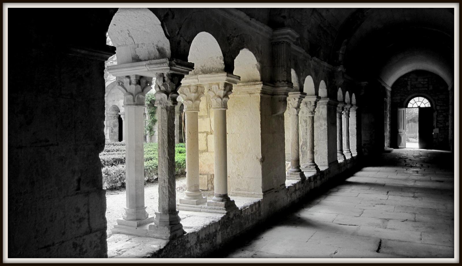 Kreuzgang Saint-Paul de Mausole (St. Remy de Provence)