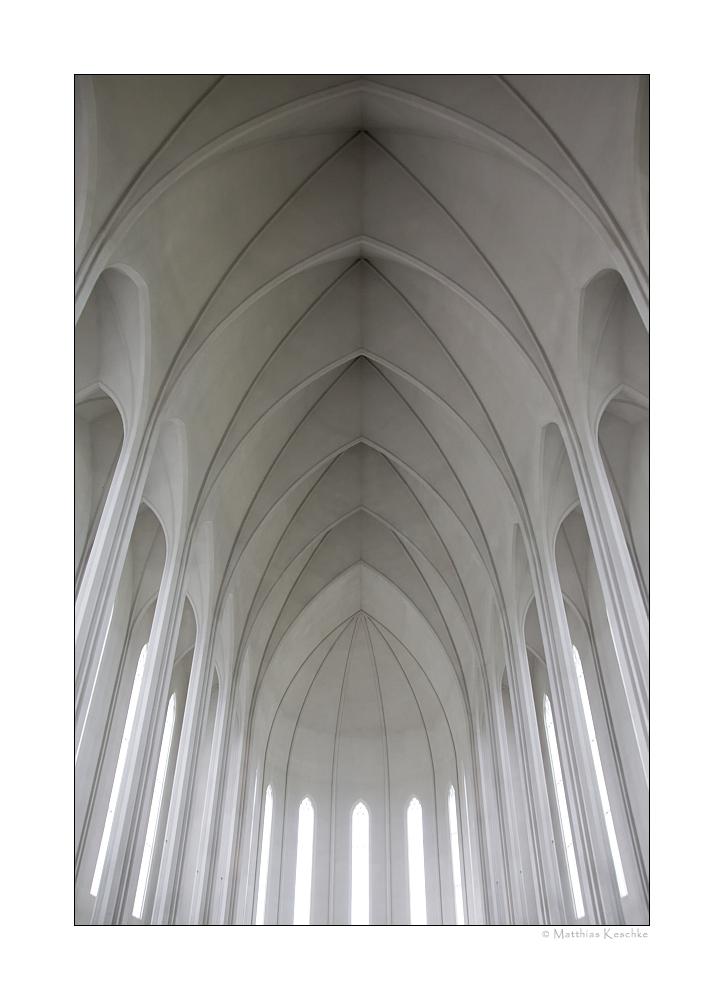 Kreuzrippengewölbe der Hallgrímskirkja