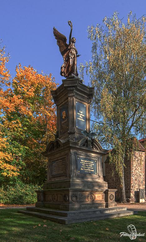 Kriegerdenkmal der Stadt Bernau von Friedrich Thiele 1890
