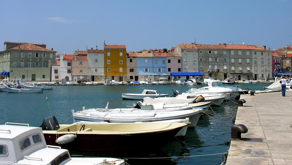 Kroatien, Insel Cres, Stadt Cres: Der Hafen