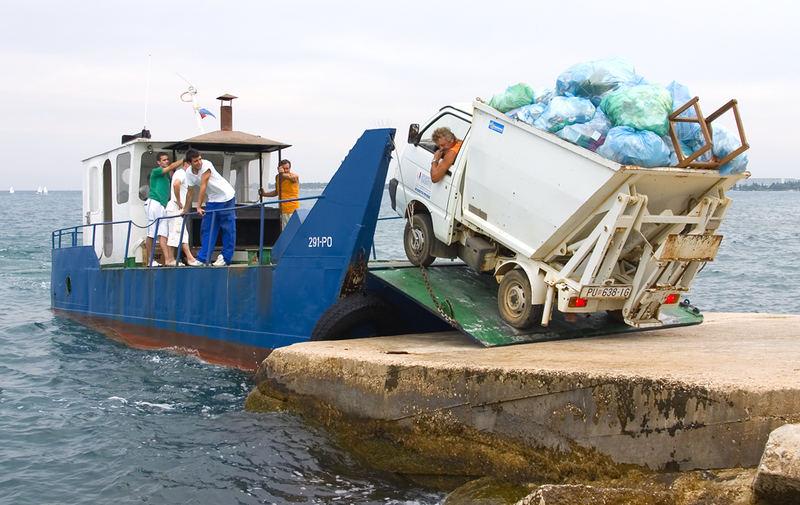 Kroatisches Müllauto