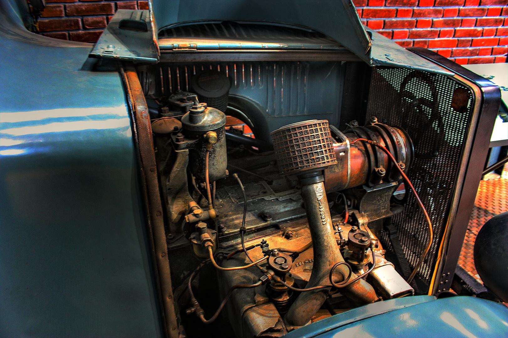 Krupp Lastkraftwagen mit einem Gegenkolbenmotor