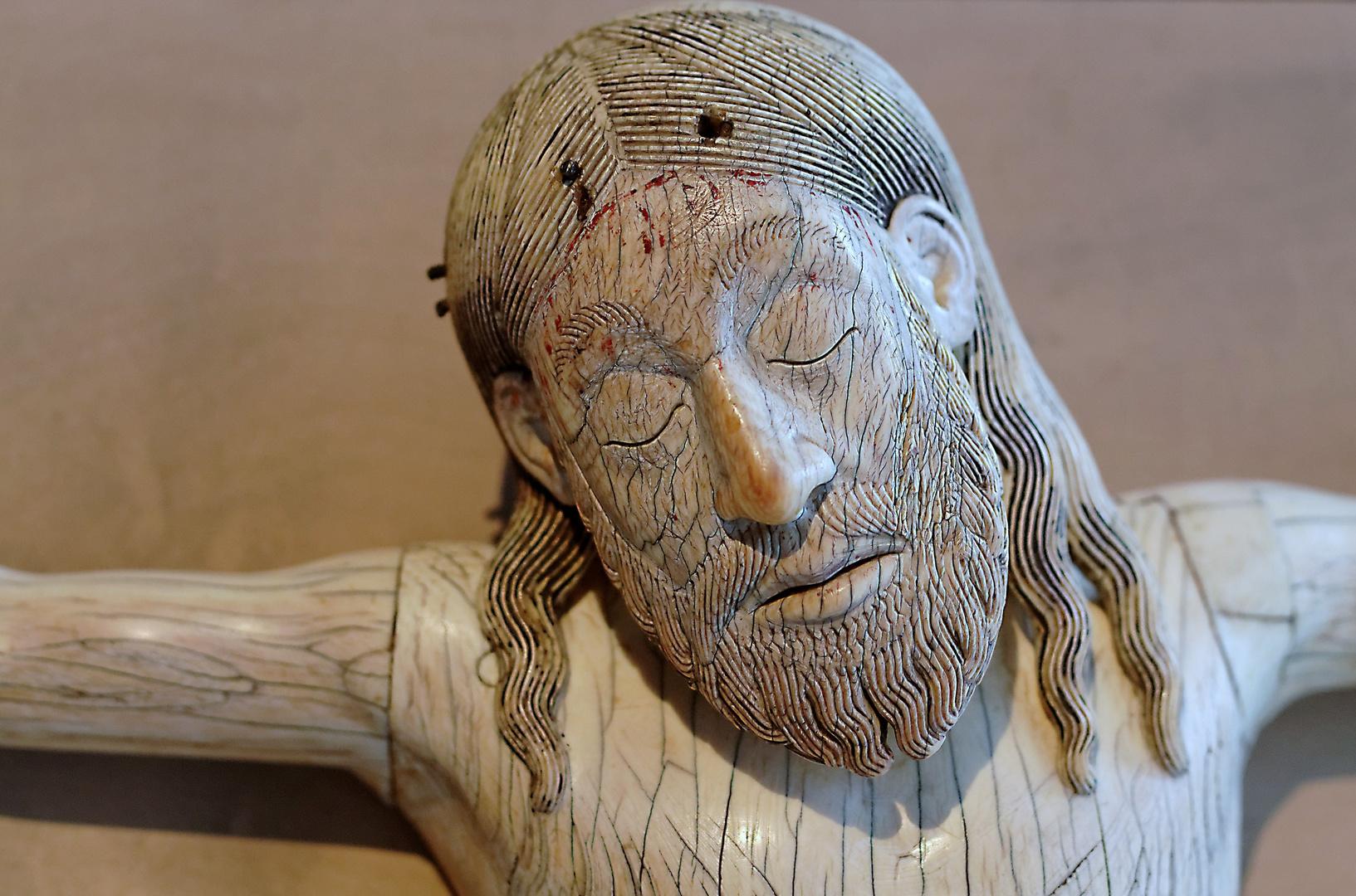 Kruzifix aus Elfenbein ( Detail )