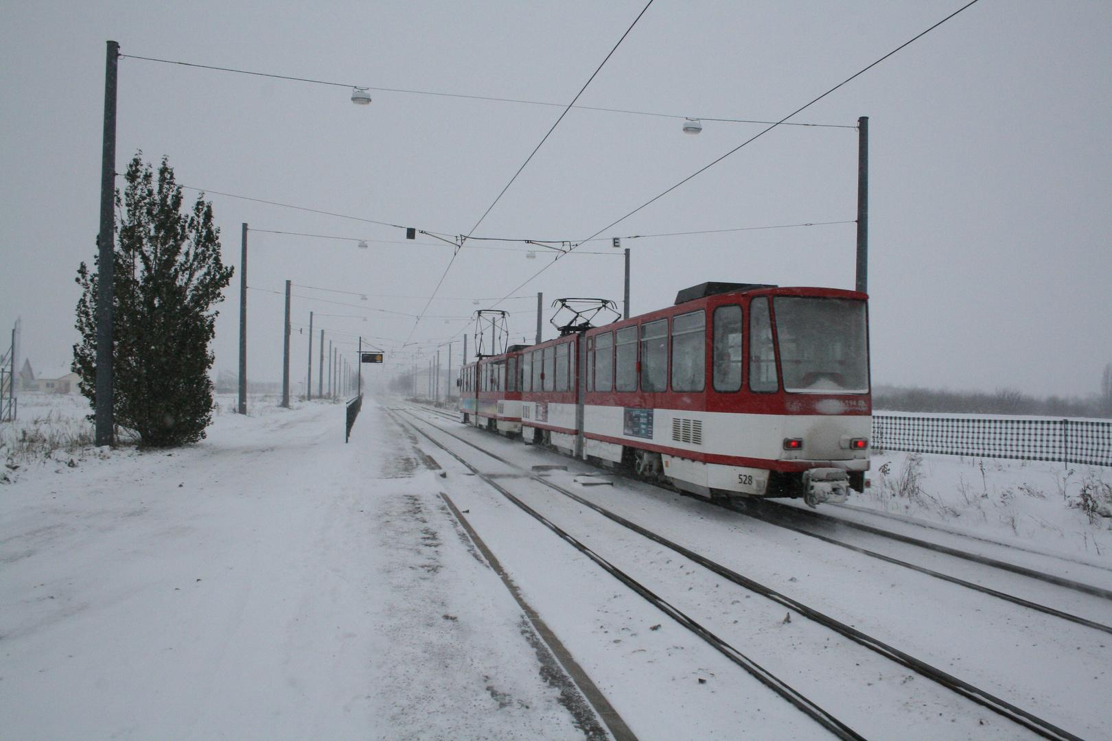 KT4D Traktion verlässt die Endstelle Ringelberg