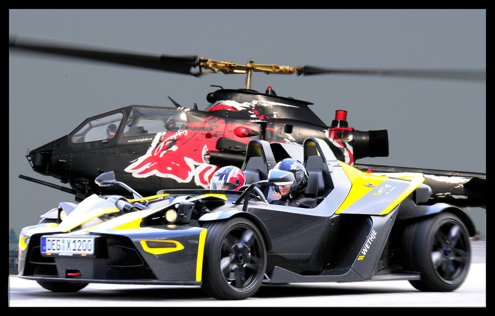 KTM 300 PS GEGEN COBRA