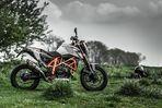 KTM Duke 690 R 2014 . re