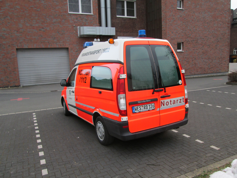 KTW Rettung Kamp-Lintfort 00 KTW 01
