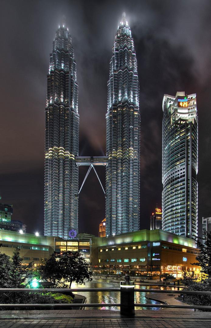 Kuala Lumpur - Petronas Tower