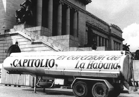Kuba -Capitol-2000