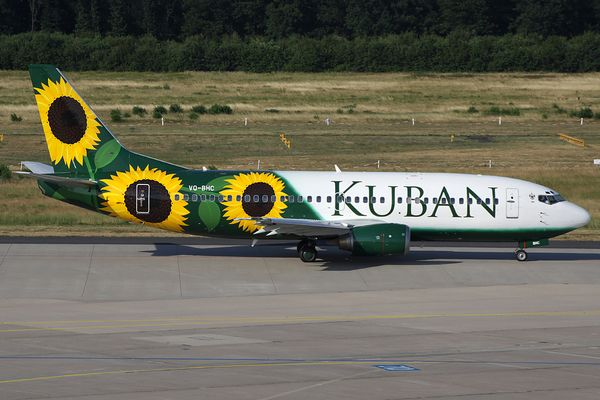 Kuban Airlines Boeing 737-300