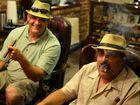 Kubanische Zigarrendreher und Raucher