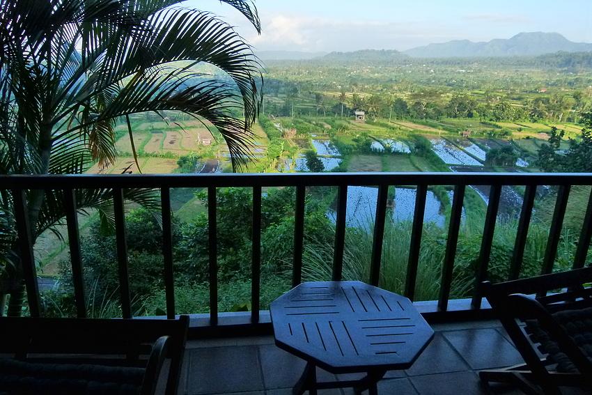 ...Kubu Carik - und mein Blick auf die Reisfelder...