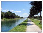 Künstliche Kanäle-Künstliche Natur...Artificial canal-Artificial nature...-Canaux artificiels de na