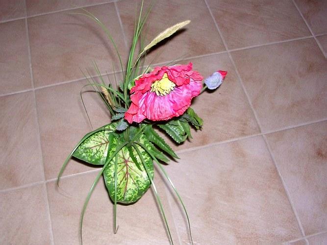 künstliche Mohnblüte