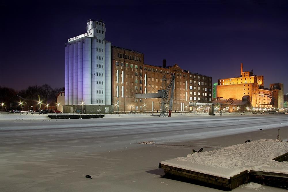 Küppersmühle im Schnee II