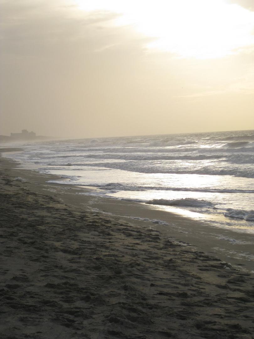 Küste Den Haag in den Abendstunden