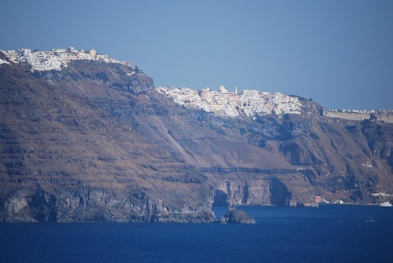 Küste von Santorini