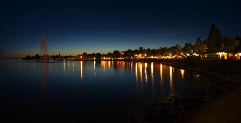 Kulturufer Friedrichshafen bei Nacht