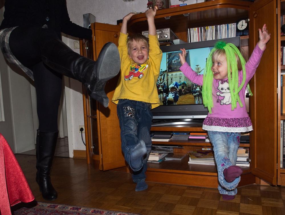 kumm los mer danze.........