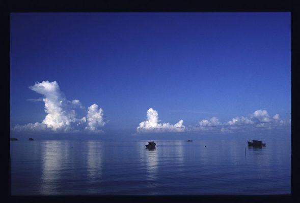 Kumuluswolken über dem Meer vor Tioman (Malaysia)