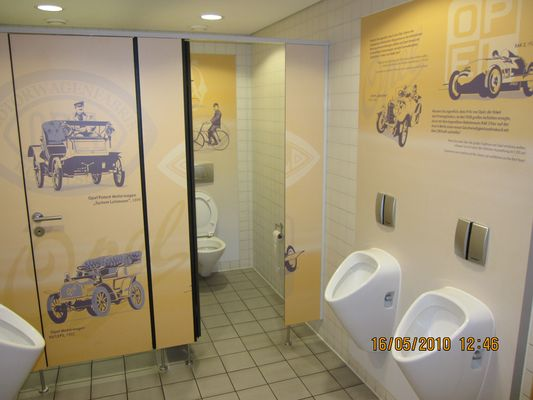 Kundentoilette bei Opel