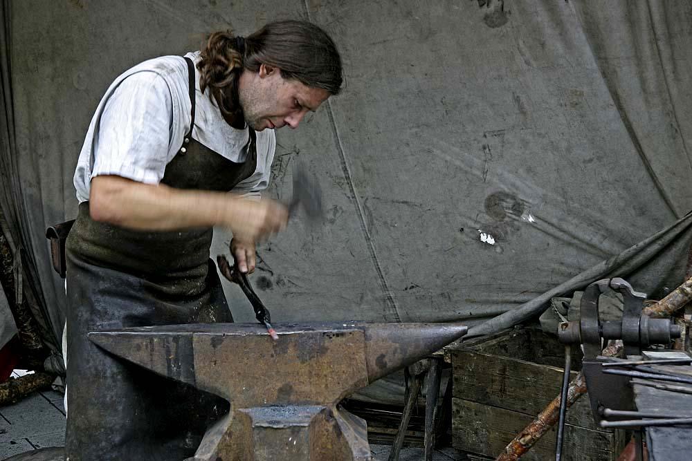 Kunsthandwerklicher Umgang mit dem Hammer II